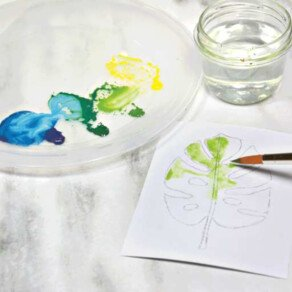Watercolour greeting cards with Marabu Graphix Aqua Ink